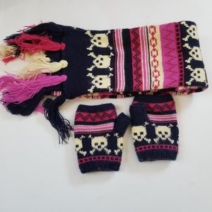 Scarf and Gloves Bundle.